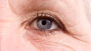 4 Tips To Reverse Signs Of Aging In Your Eyes - Boys & Girls