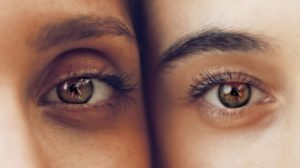 4 Tips To Reverse The Signs Of Aging Around Your Eyes   Minimize Aging - Boys & Girls